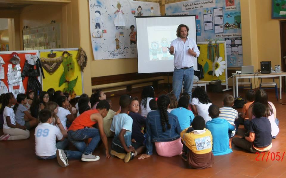 Ação de esclarecimento sobre Mediação e Gestão de Conflitos em Contexto Escolar